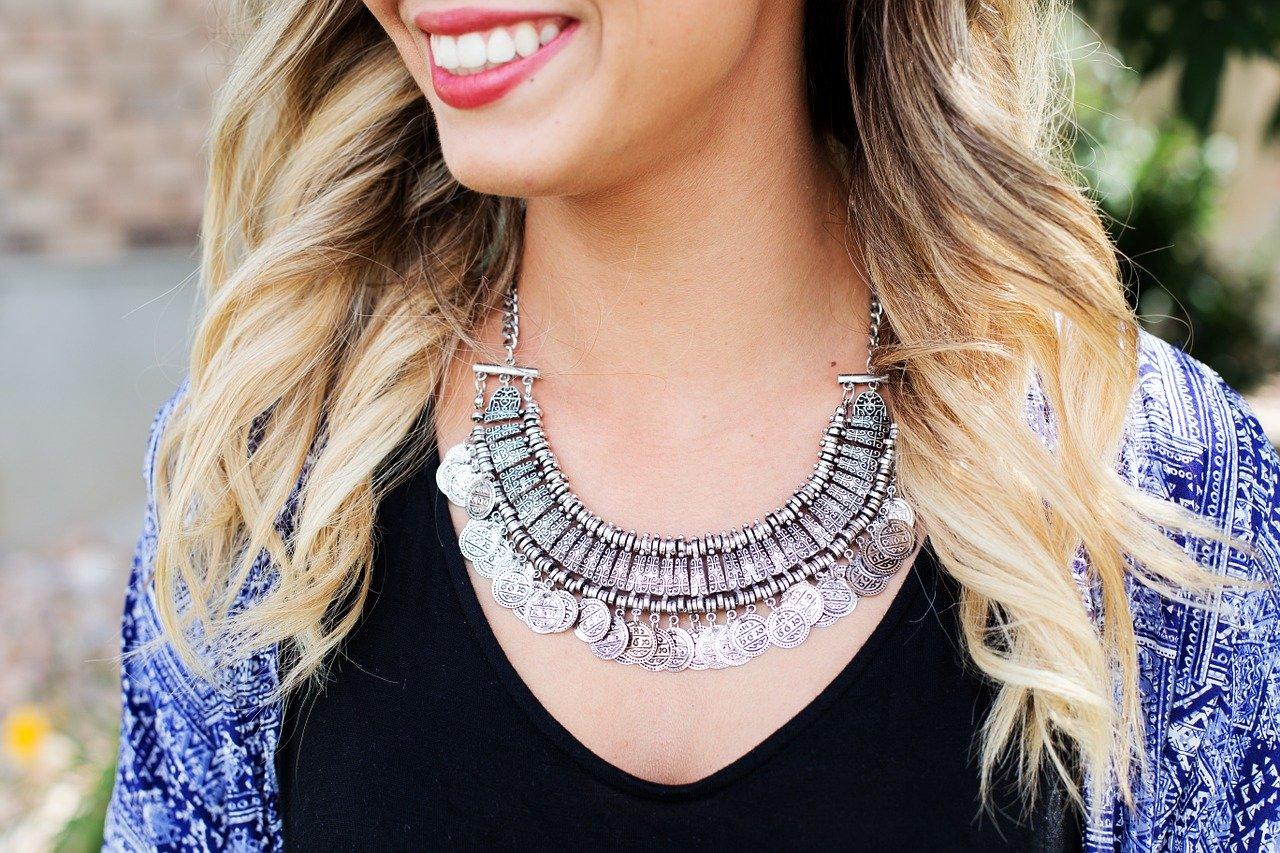 Les bijoux : élément clé pour se démarquer des autres femmes